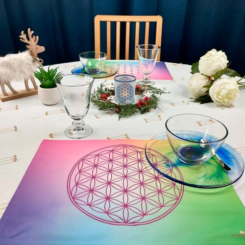 https://mandalashop-online.com/fr/sets-de-table/663-set-de-table-fleur-de-vie.html